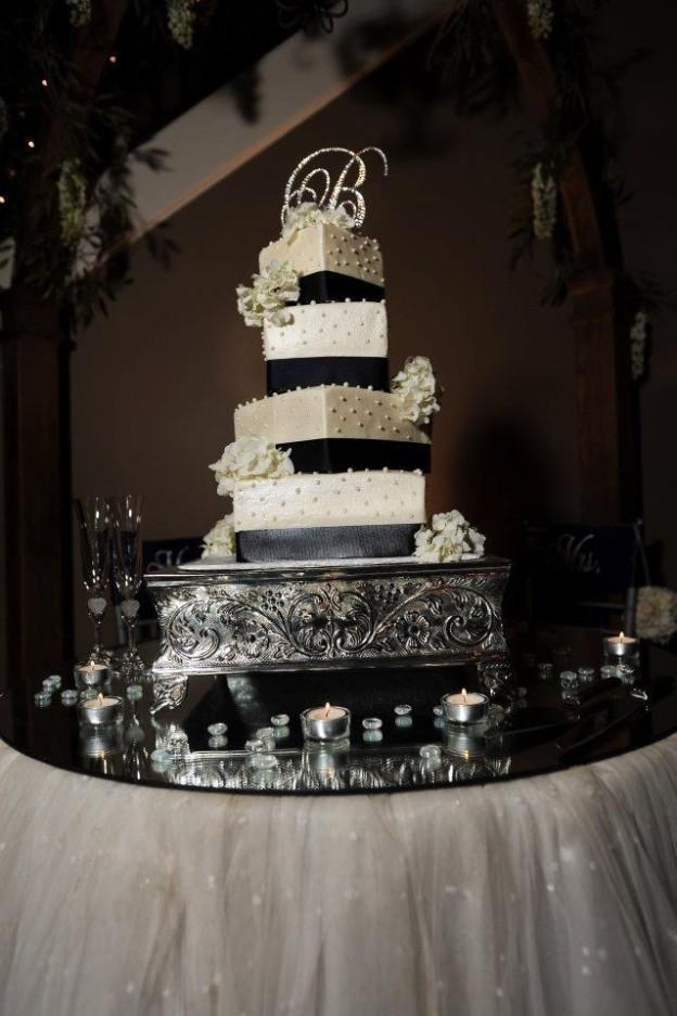 Wedding Cake by Shannon